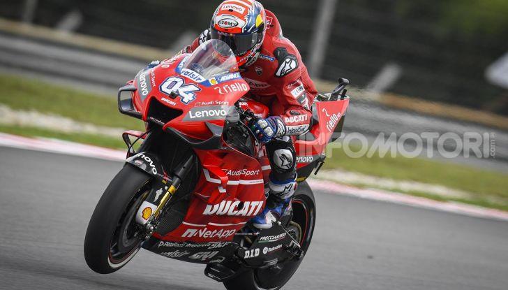 MotoGP 2019, GP della Malesia: le Yamaha dettano il passo nelle libere di Sepang con Quartararo davanti a Morbidelli - Foto 11 di 15