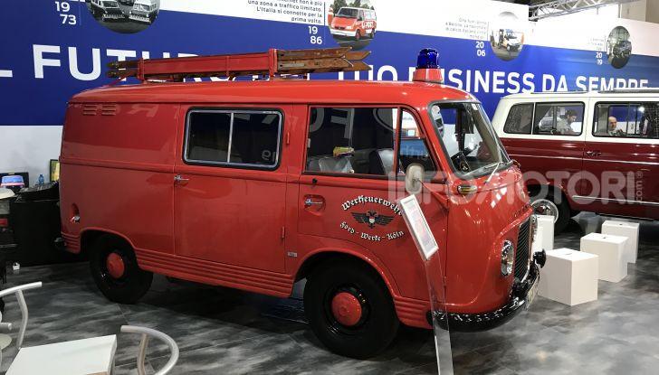 Ford Transit, 60 anni di successi per il commerciale dell'Ovale Blu - Foto 3 di 7