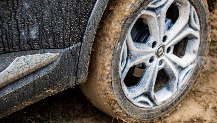 Renault Kadjar 4×4 Black Edition: in arrivo la versione speciale da fuoristrada - Foto 23 di 23