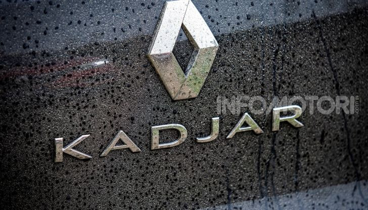 Renault Kadjar 4×4 Black Edition: in arrivo la versione speciale da fuoristrada - Foto 22 di 23