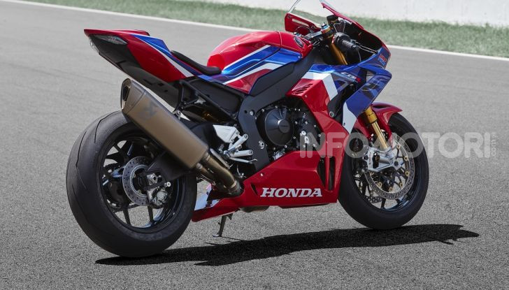 Honda CBR1000RR-R 2020: la nuova Superbike della Casa dell'Ala, anche in versione SP - Foto 4 di 42