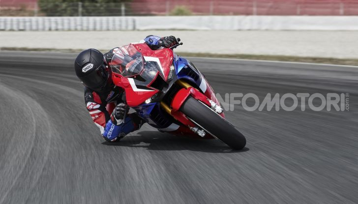 Honda CBR1000RR-R 2020: la nuova Superbike della Casa dell'Ala, anche in versione SP - Foto 2 di 42