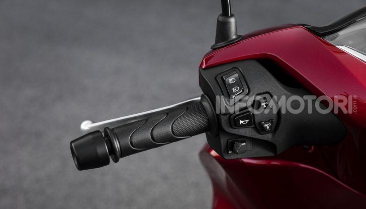 Honda SH125/150i 2020: lo scooter best-seller di vendite in Europa si rifà il look - Foto 11 di 11