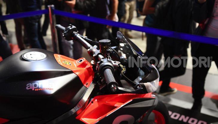 Aprilia Tuono 660 Concept: potenza e allestimento premium - Foto 10 di 11