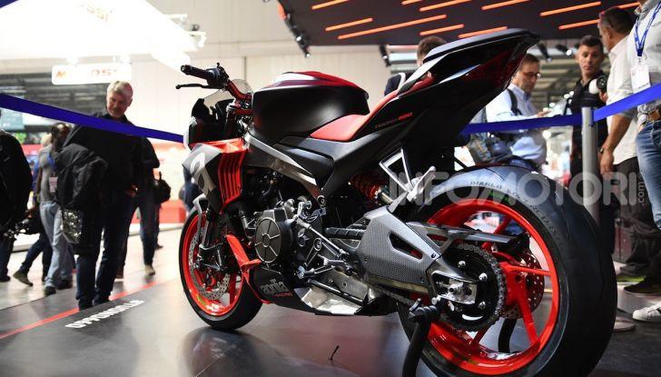 Aprilia Tuono 660 Concept: potenza e allestimento premium - Foto 11 di 11