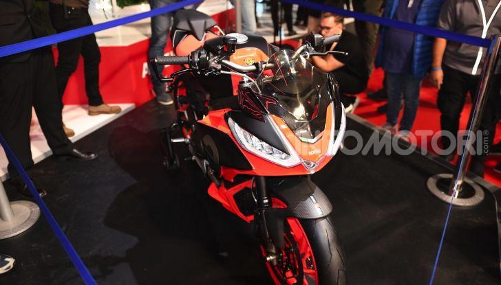 Aprilia Tuono 660 Concept: potenza e allestimento premium - Foto 4 di 11