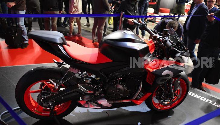 Aprilia Tuono 660 Concept: potenza e allestimento premium - Foto 9 di 11