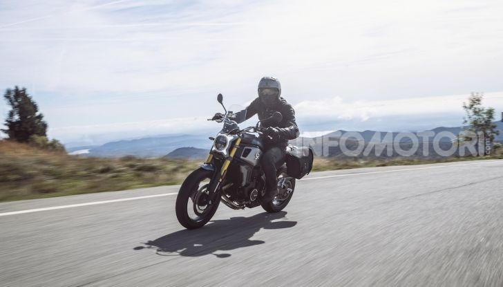 CF Moto 700CL-X: presentata a EICMA la nuova classic di media cilindrata - Foto 11 di 12