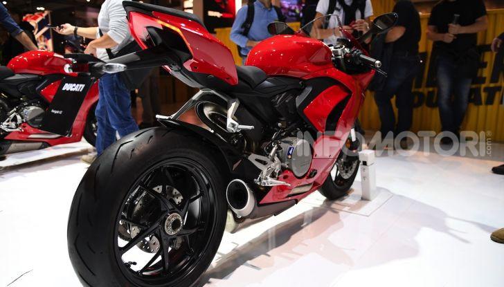 Ducati Panigale V2: il bicilindrico torna più in forma che mai! - Foto 7 di 31