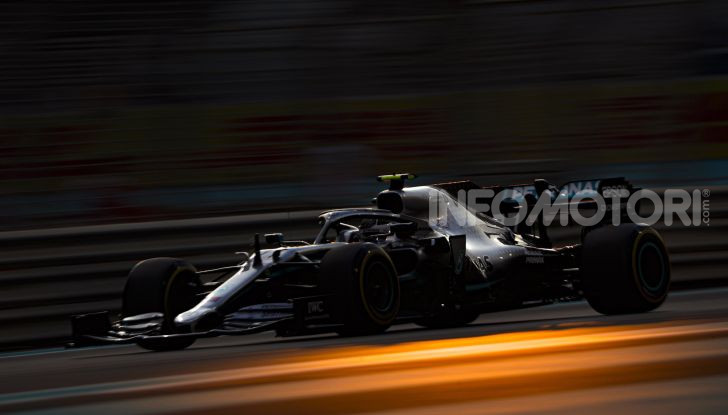 F1 2019, GP di Abu Dhabi: Bottas domina le libere del venerdì, la Ferrari insegue - Foto 1 di 10