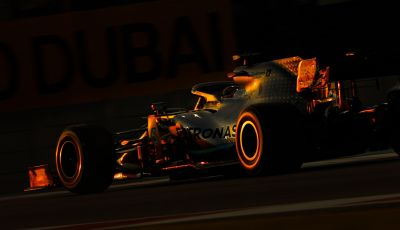 F1 2019, GP di Abu Dhabi: Bottas domina le libere del venerdì, la Ferrari insegue