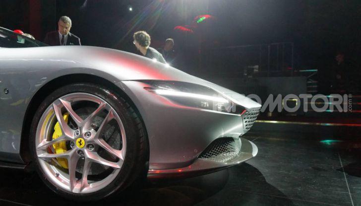 Video anteprima Ferrari Roma, la nuova dolce vita su ruote - Foto 16 di 52