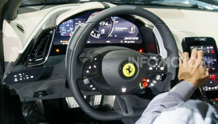 Video anteprima Ferrari Roma, la nuova dolce vita su ruote - Foto 22 di 52