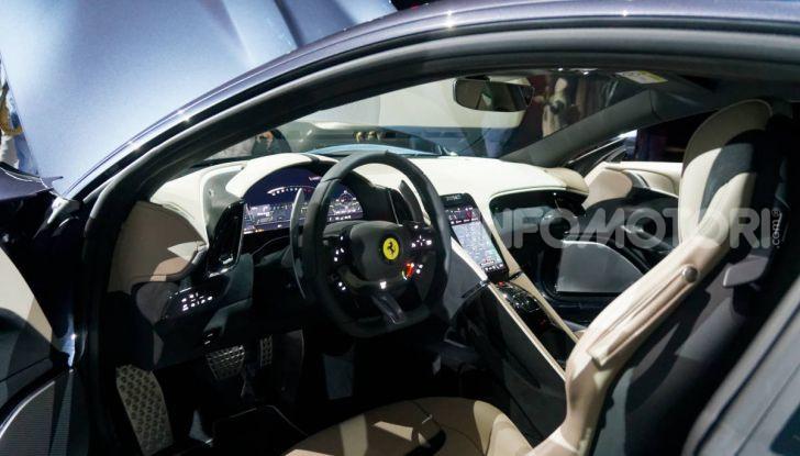 Video anteprima Ferrari Roma, la nuova dolce vita su ruote - Foto 26 di 52