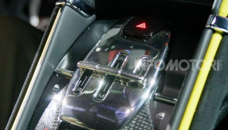 Video anteprima Ferrari Roma, la nuova dolce vita su ruote - Foto 40 di 52