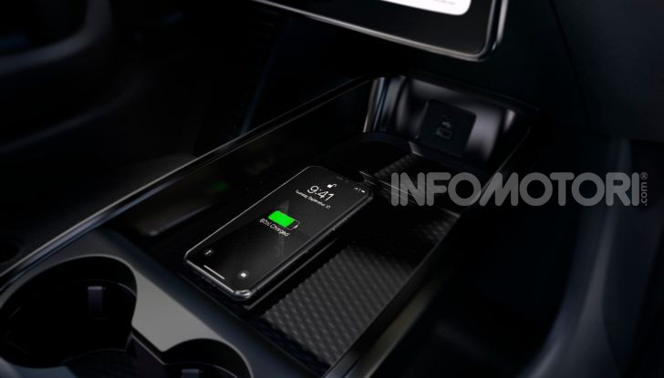 Ford Mustang Mach-E: per il SUV elettrico servono 50.000 euro - Foto 16 di 20