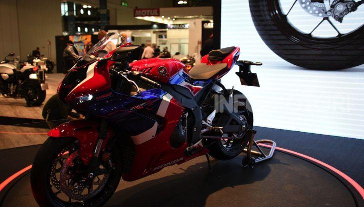 Honda CBR1000RR-R 2020: la nuova Superbike della Casa dell'Ala, anche in versione SP - Foto 27 di 42