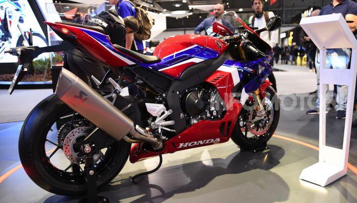 Honda CBR1000RR-R 2020: la nuova Superbike della Casa dell'Ala, anche in versione SP - Foto 39 di 42
