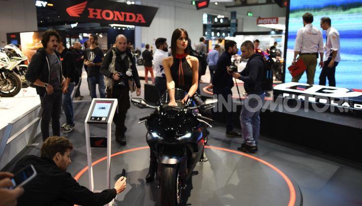Honda CBR1000RR-R 2020: la nuova Superbike della Casa dell'Ala, anche in versione SP - Foto 40 di 42