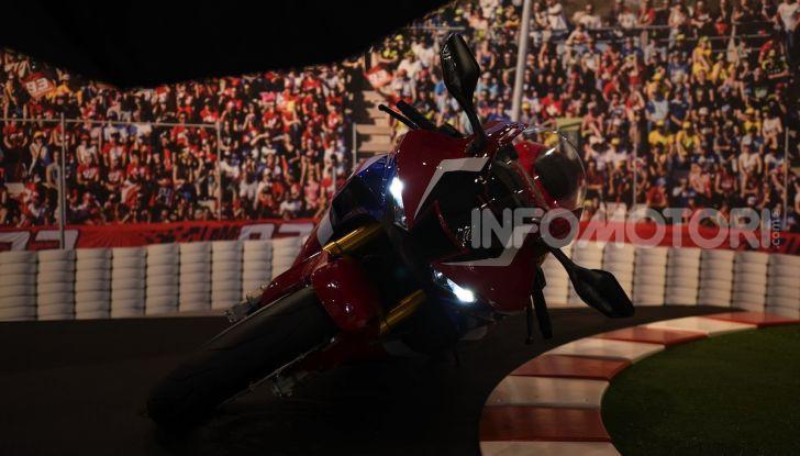 Honda CBR1000RR-R 2020: la nuova Superbike della Casa dell'Ala, anche in versione SP - Foto 21 di 42