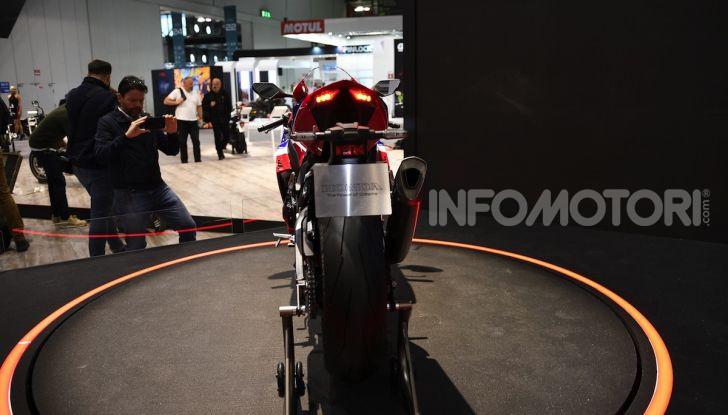 Honda CBR1000RR-R 2020: la nuova Superbike della Casa dell'Ala, anche in versione SP - Foto 22 di 42