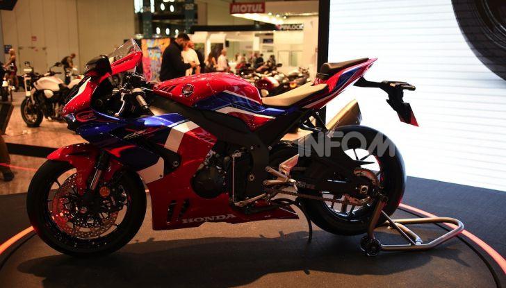 Honda CBR1000RR-R 2020: la nuova Superbike della Casa dell'Ala, anche in versione SP - Foto 26 di 42