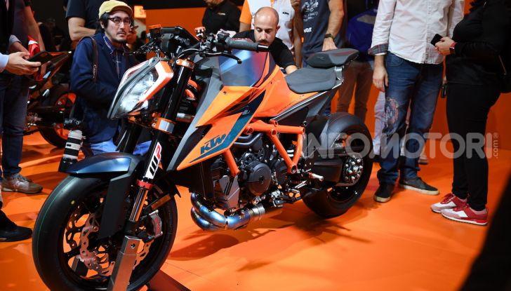 """KTM 1290 Superduke R 2020: la """"Bestia"""" arancione, atto terzo - Foto 1 di 8"""