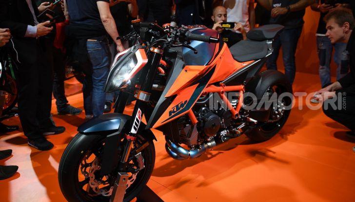 """KTM 1290 Superduke R 2020: la """"Bestia"""" arancione, atto terzo - Foto 3 di 8"""