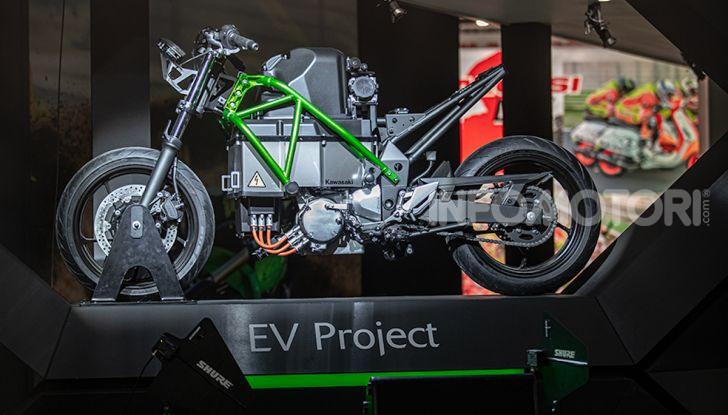 Kawasaki sempre più verde: arriva la prima moto elettirica di Akashi - Foto 11 di 12