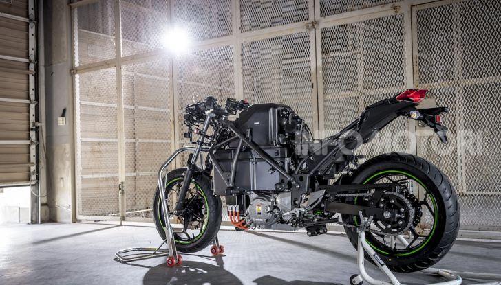 Kawasaki sempre più verde: arriva la prima moto elettirica di Akashi - Foto 7 di 12