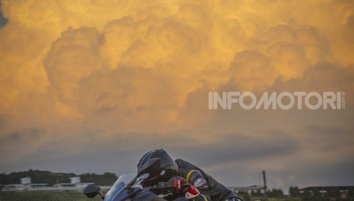 Kawasaki sempre più verde: arriva la prima moto elettirica di Akashi - Foto 8 di 12