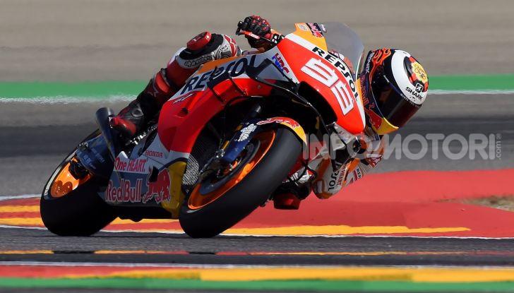 MotoGP 2019, GP di Valencia: Marquez chiude la stagione con la 12esima vittoria dell'anno davanti a Quartararo - Foto 8 di 10