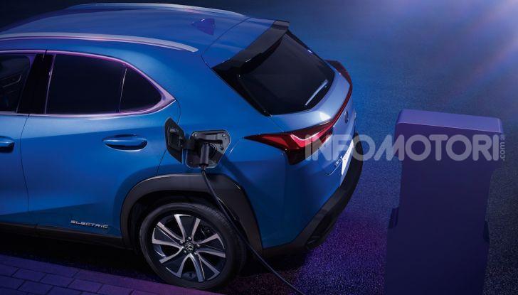 Lexus UX 300e: il SUV elettrico che non c'era - Foto 13 di 47