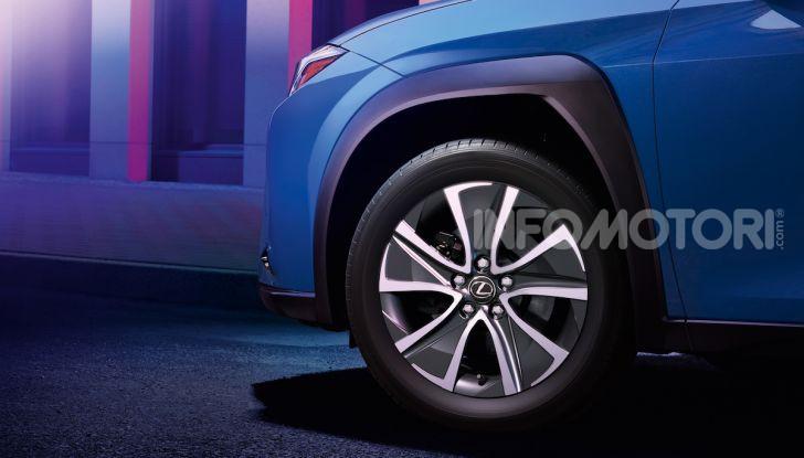 Lexus UX 300e: il SUV elettrico che non c'era - Foto 15 di 47