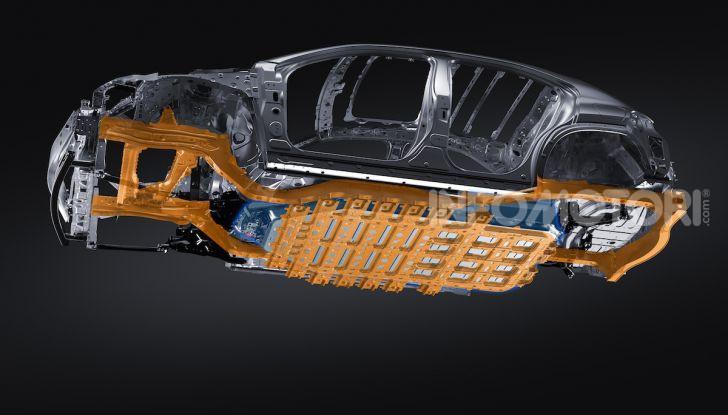 Lexus UX 300e: il SUV elettrico che non c'era - Foto 33 di 47