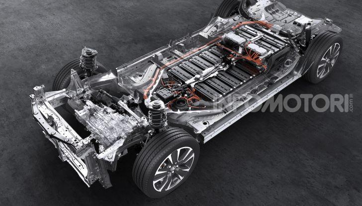 Lexus UX 300e: il SUV elettrico che non c'era - Foto 37 di 47