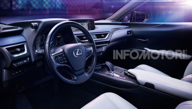 Lexus UX 300e: il SUV elettrico che non c'era - Foto 5 di 47