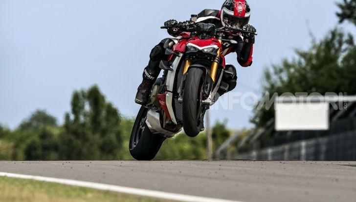 Ducati Streetfighter V4 e V4S: le super-naked da 208 cavalli in stile Panigale - Foto 21 di 40