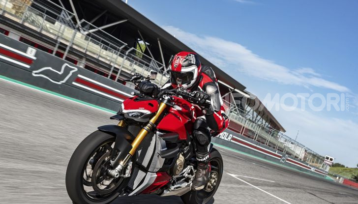 Ducati Streetfighter V4 e V4S: le super-naked da 208 cavalli in stile Panigale - Foto 24 di 40