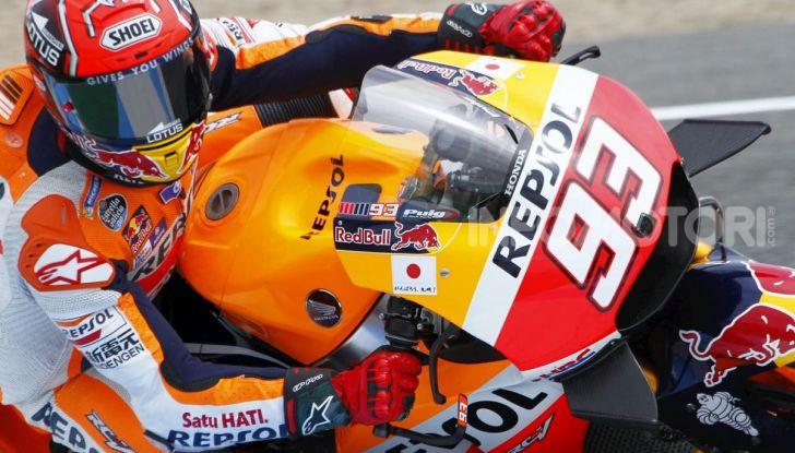 MotoGP 2019, GP di Valencia: Marquez chiude la stagione con la 12esima vittoria dell'anno davanti a Quartararo - Foto 2 di 10