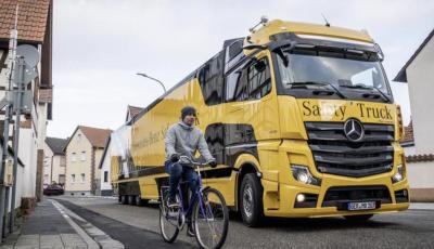 Mercedes: in arrivo i TIR intelligenti che evitano ciclisti e pedoni