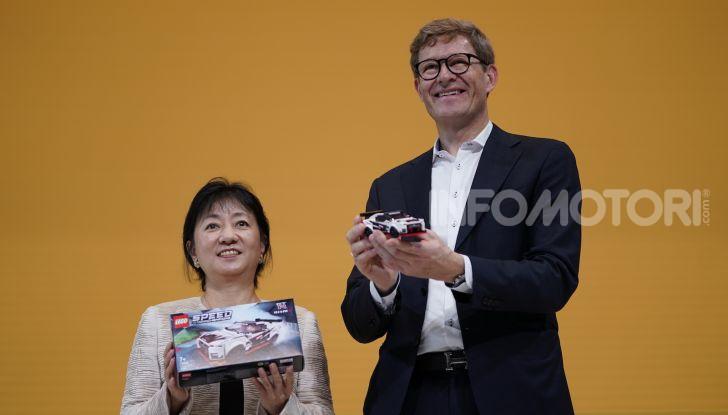 LEGO Speed Champions Nissan GT-R NISMO arriva nel 2020 - Foto 7 di 12