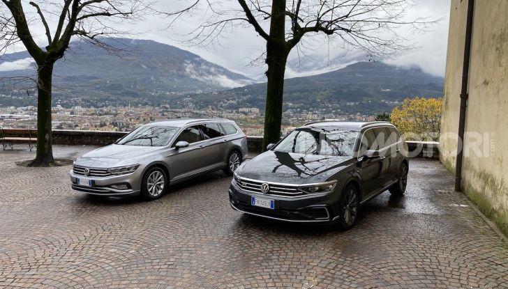 Nuova Volkswagen Passat 2020 prova su strada, versioni e prezzi - Foto 8 di 19