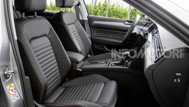 Nuova Volkswagen Passat 2020 prova su strada, versioni e prezzi - Foto 14 di 19