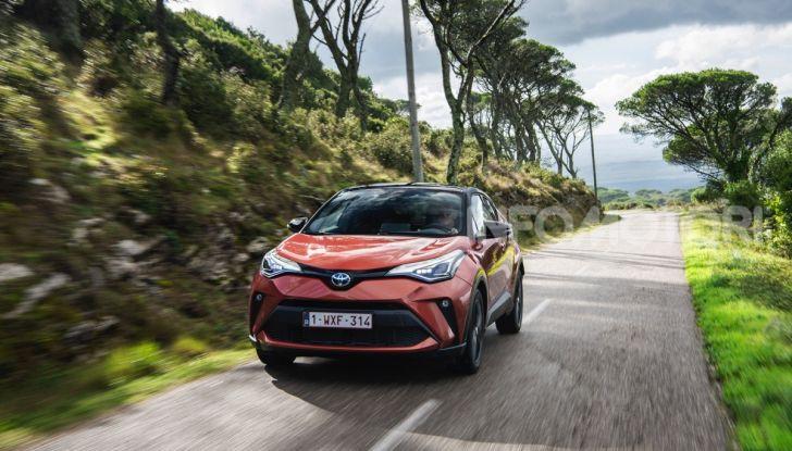 [VIDEO] Prova Nuovo Toyota C-HR MY2020: una ventata di freschezza - Foto 10 di 36