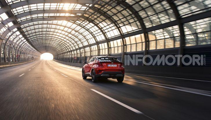 [VIDEO] Prova Nuovo Toyota C-HR MY2020: una ventata di freschezza - Foto 11 di 36