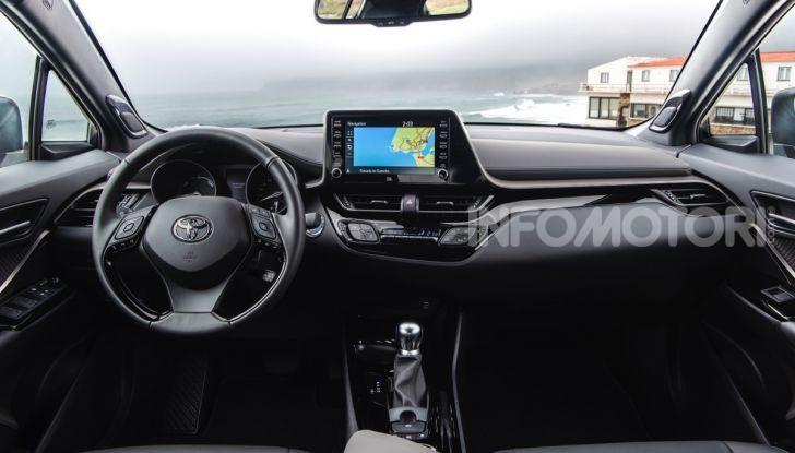 [VIDEO] Prova Nuovo Toyota C-HR MY2020: una ventata di freschezza - Foto 27 di 36