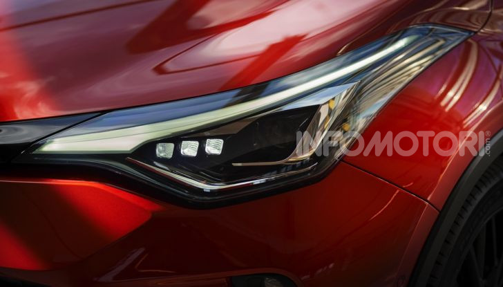 [VIDEO] Prova Nuovo Toyota C-HR MY2020: una ventata di freschezza - Foto 16 di 36
