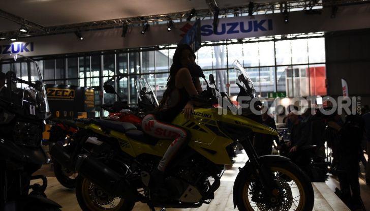 [VIDEO] Suzuki presenta a EICMA la nuova V-STROM 1050 - Foto 7 di 18
