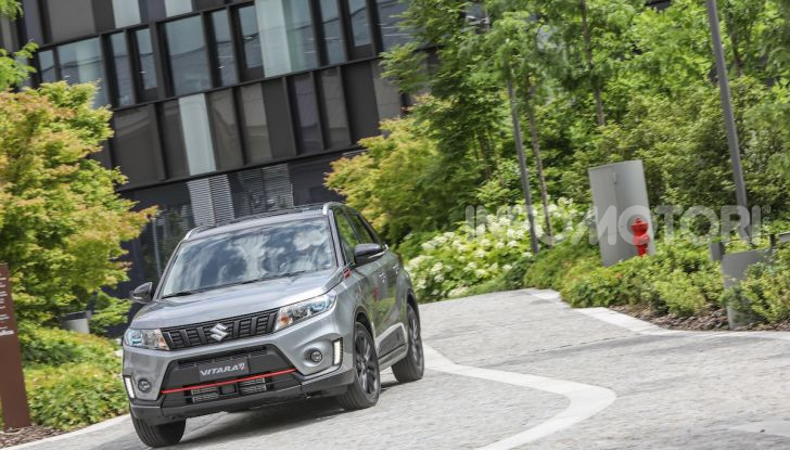 Suzuki Vitara Katana: la jeep ispirata a un'icona delle due ruote - Foto 1 di 11
